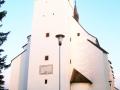 Západní strana kostela, věž
