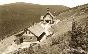 Vřesová studánka na pohlednici z roku 1937
